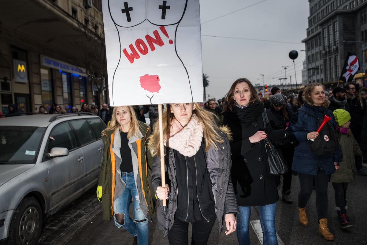 Czarny-Protest-2018-Warszawa-Szafranski