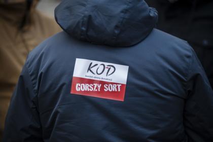 kod-gorszy-sort