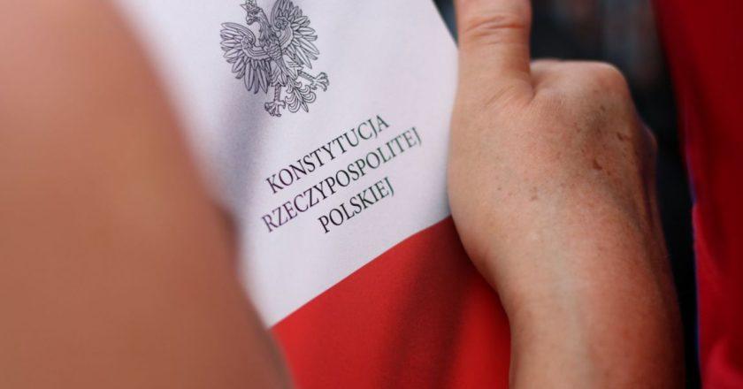 Protest pod Sejmem RP w obronie Sądu Najwyższego. Fot. Marta Modzelewska