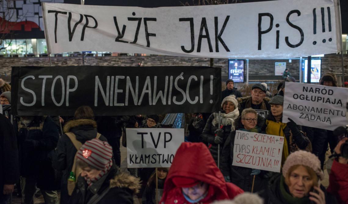 Protest pod TVP Info, 16 stycznia 2019. Fot. Jakub Szafrański