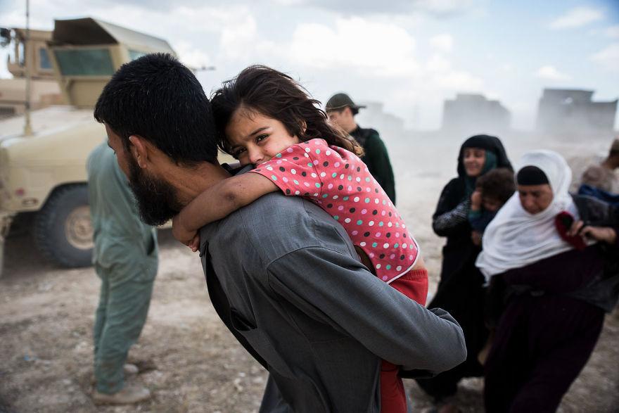 Uchodźcy opuszczają Mosul