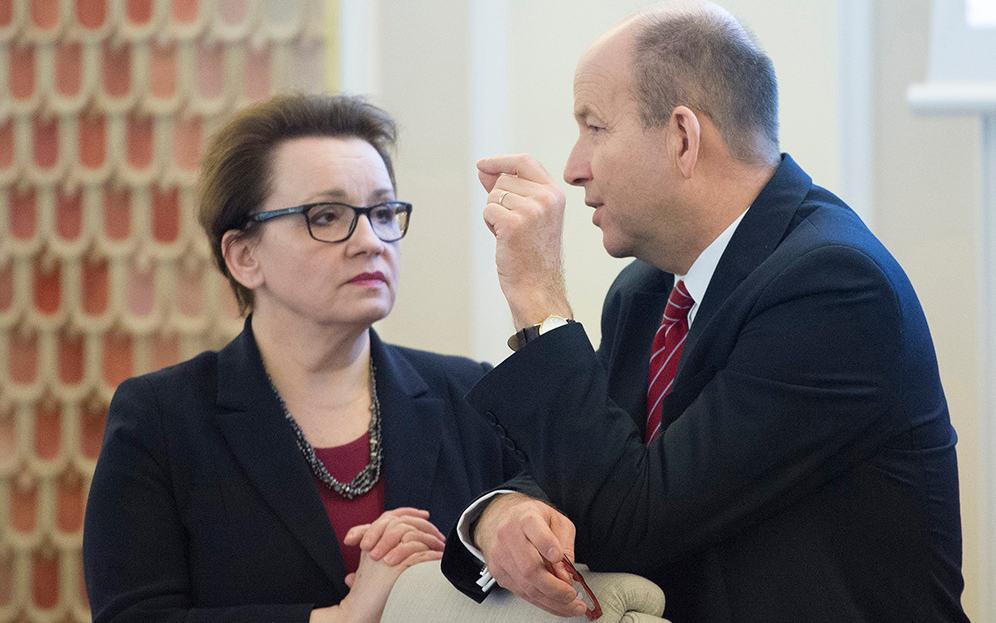 Anna Zalewska, Konstanty Radziwiłł