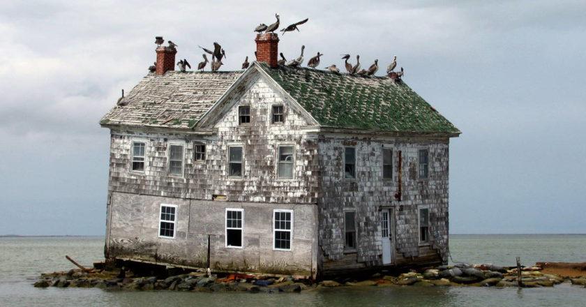 last-house-on-holland-island