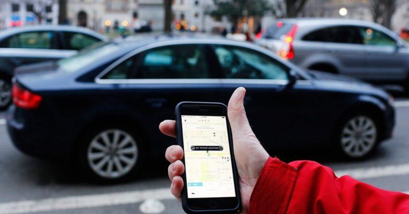 Uber. Fot. Mark Warner (Andrew Caballero-Reynolds/AFP/Getty Images), Flickr.com
