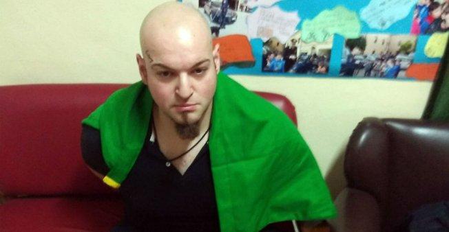 Włoski faszysta Luca Traini. Fot. Carabinieri Macerata.