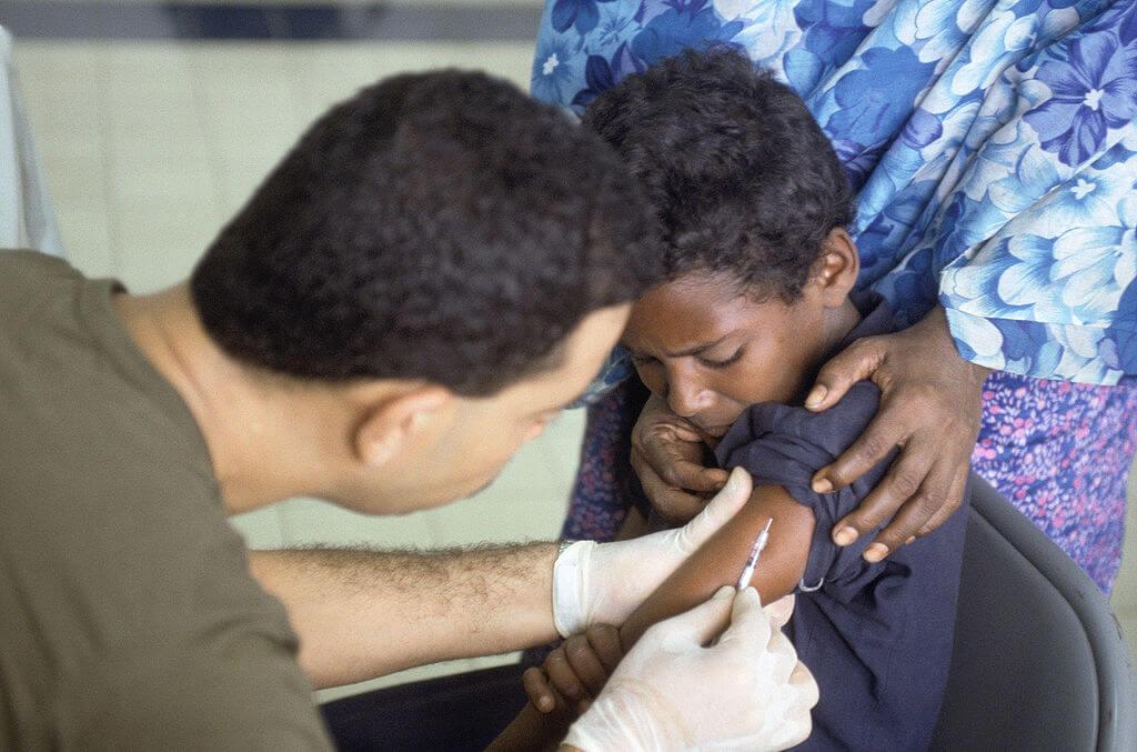 szczepionka-somalia-chlopiec