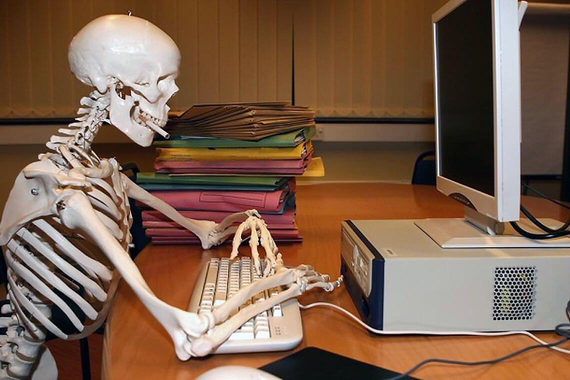 szkielet-klawiatura-komputer