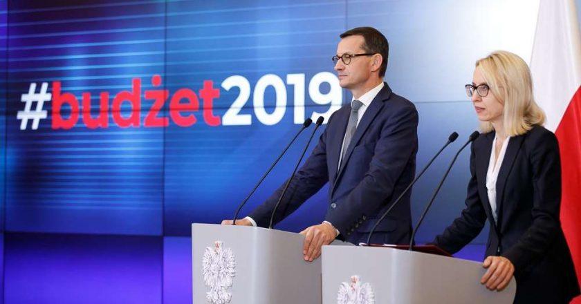 Mateusz Morawiecki i minister finansów Teresa Czerwińska. Fot. Krystian Maj (KPRM)
