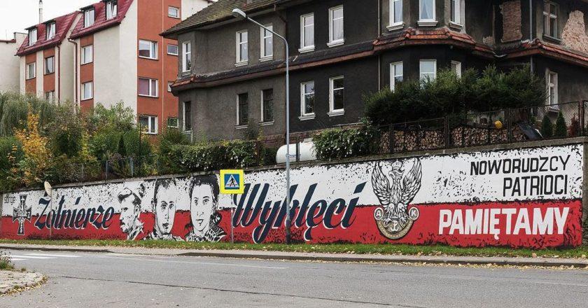 wykleci-mural-nowa-ruda