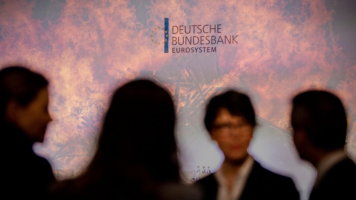 Fot. Deutsche Bundesbank/flickr.com, Zoltan Tasi/Unsplash.Edycja KP