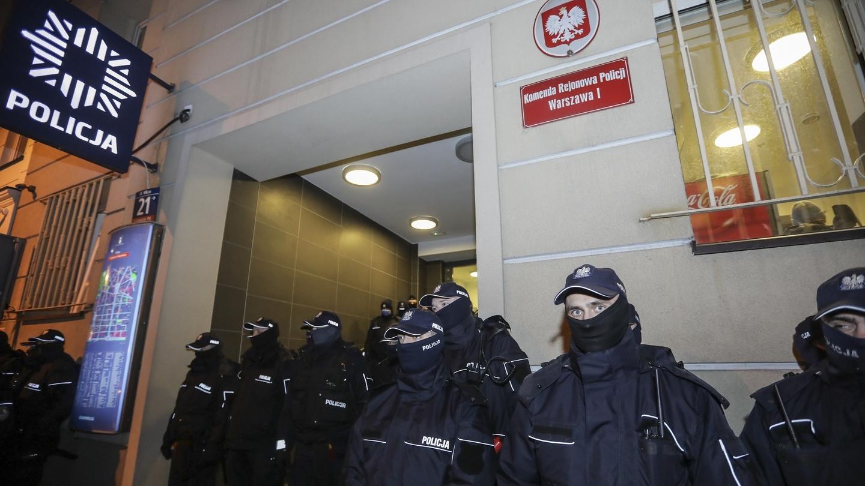 policja strajk kobiet MEN ministerstwo edukacji