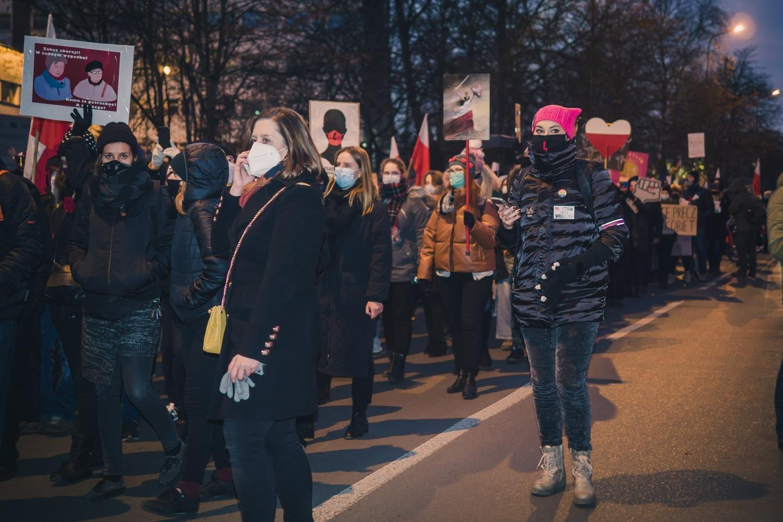 Ola (w różowej czapce) podczas demonstracji Fot. Aleksandra Wysokińska