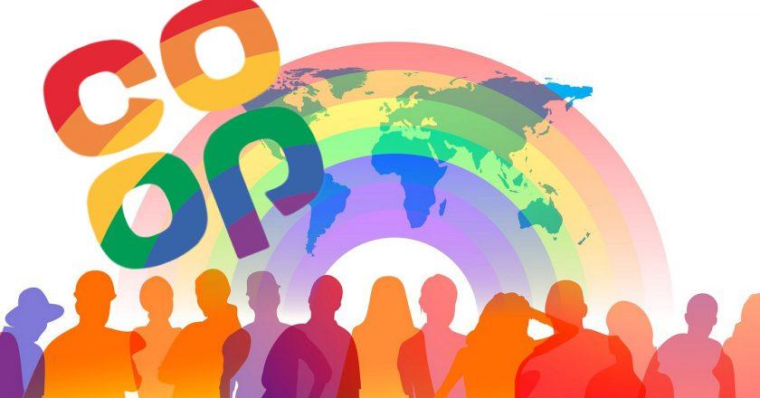 Międzynarodowym symbolem ruchy kooperatywnego jest tęcza. Fot. Pixabay.