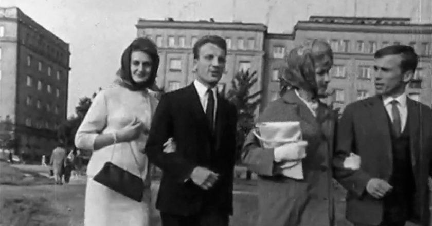 Mieszkanki Nowej Huty. Rok 1965. Fot. Bagnowka/Youtube.com